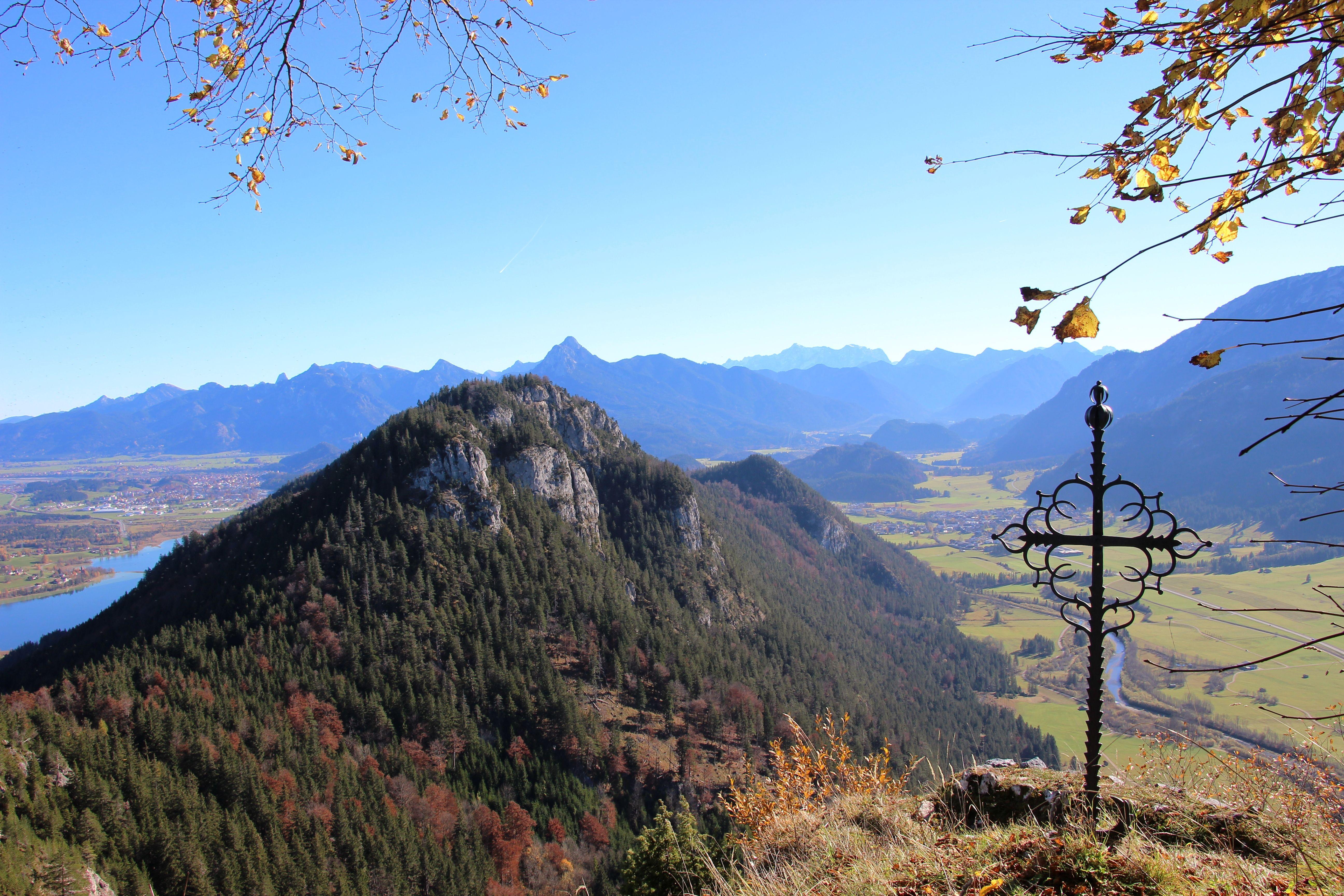 Blick von der Burgruine Falkenstein #Pfronten #Allgäu #Bavaria #Germany