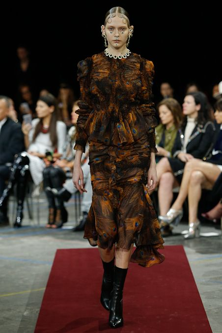 Givenchy - Fall 2015 Ready-to-Wear - Look 38 of 52