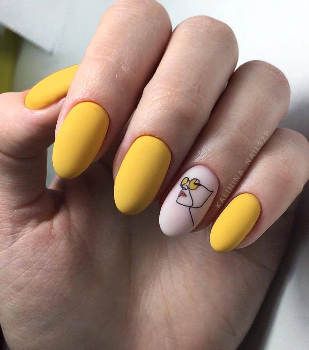 Маникюр / Ногти / Мастера в Instagram «Repost…» Желтые