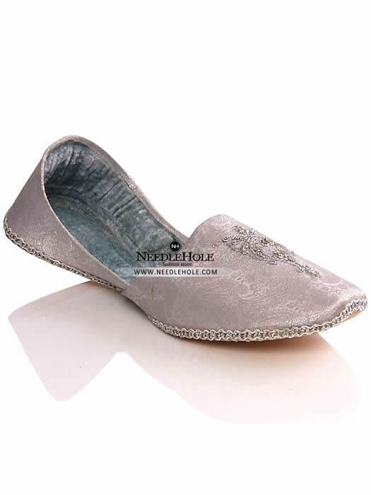 fa12d47d0c Pakistani khussa shoes in white colour in Canada. Shop online Indian malai  khussa & Multani khussa footwear at best price and worldwide delivery