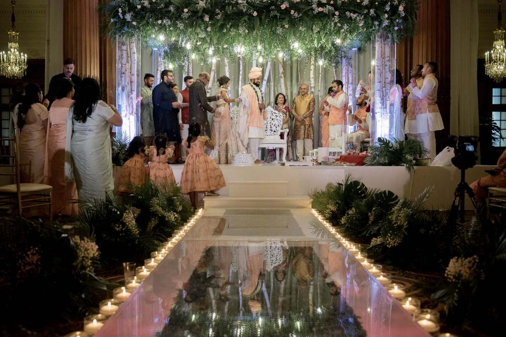 Crystal Tea Room Philadelphia Wedding Tejal Jay Wedding Tea Room Indian Wedding