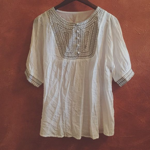 Embroidered Tunic White embroidered tunic. No tag or label but fits as sizes S-L. Got this from my travels across seas in Asia. It's brand new and never been worn, so NWOT! Super soft and lightweight with beautiful embroidery. PRICE FIRM, NO TRADES! Cheaper thru other sources! Urban Outfitters Tops Tunics