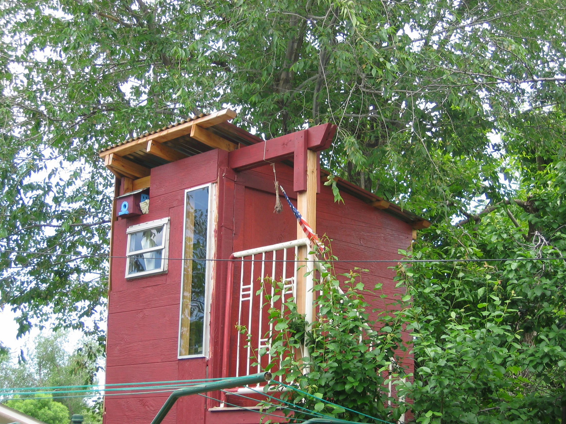 tree houses this is a two story tree house supported from the - Two Story Tree House Plans