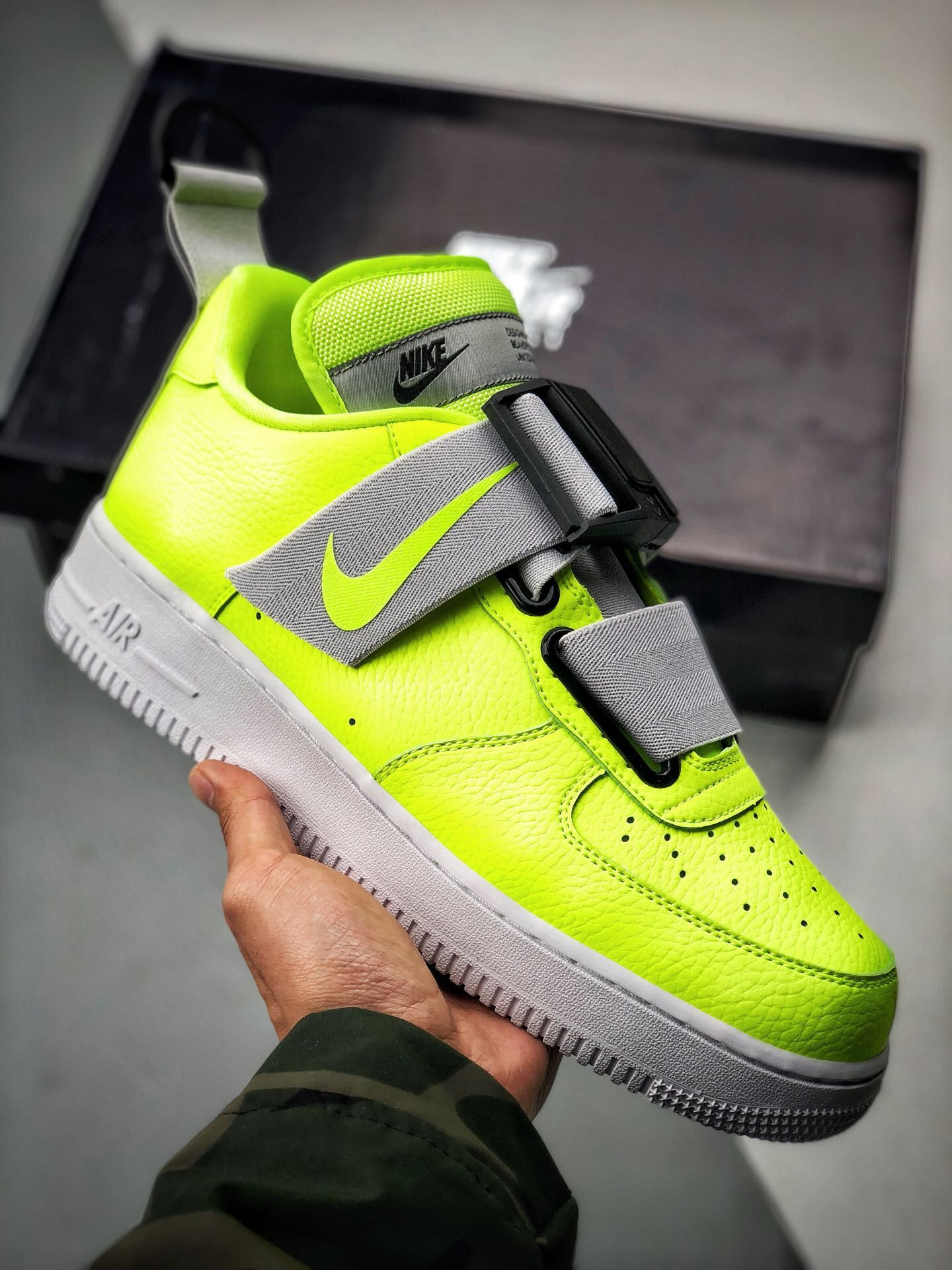 142d17a373 2019的NIKE AIR FORCE 1 Utility QS AO1531-700 | NIKE | Nike air force ...