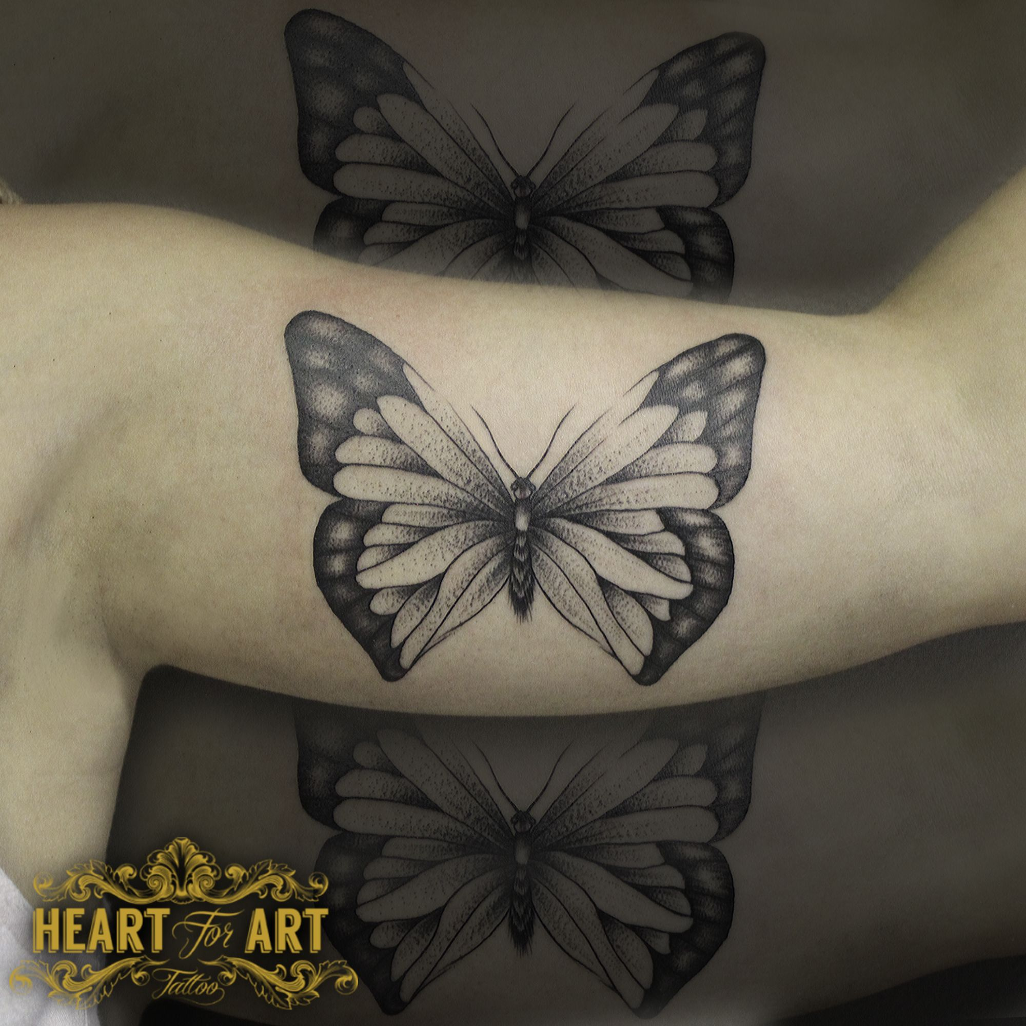4383d0d11d208 Dotwork Butterfly tattoo | Thinking of Inking | Tattoos, Back tattoo ...