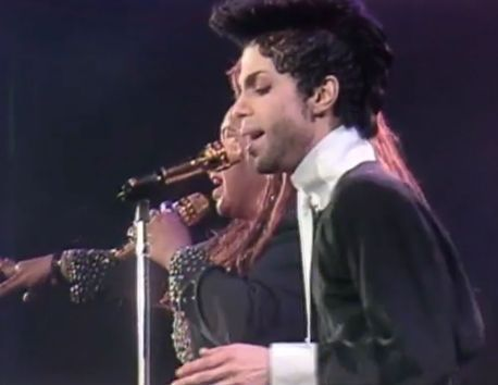 Prince-rare-performance-shown-on-the-One-Show.jpg (458×354)