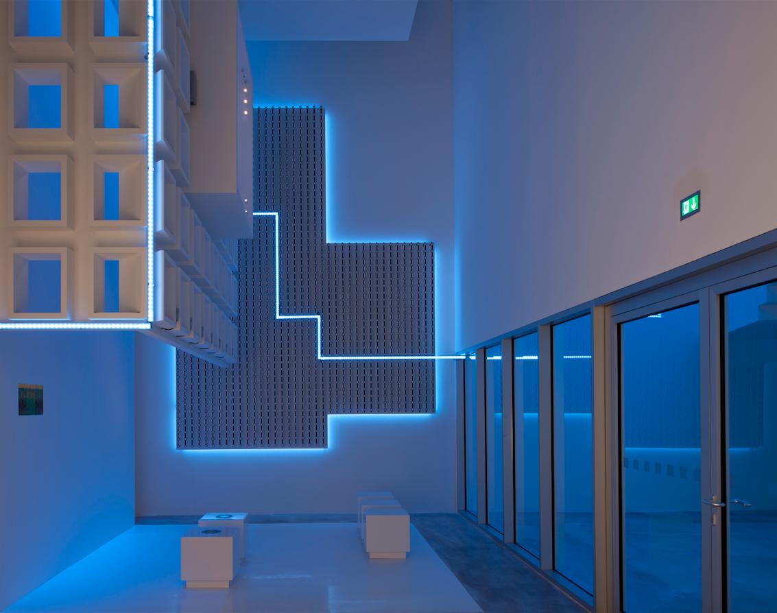 Zumtobel Light Forum Where Light Synchronises With Music Cool Lighting Lighting Design Interior Furniture