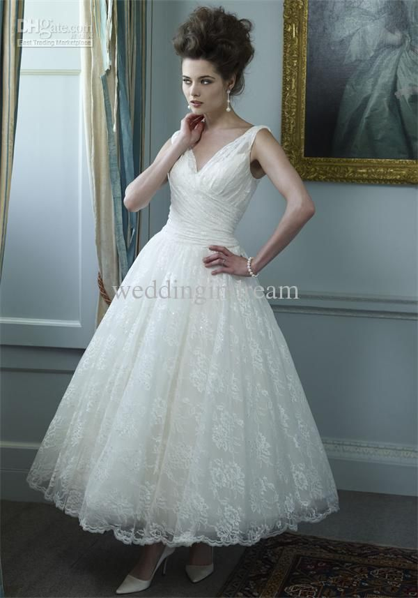 Summer V Neck Lace Sheer Straps A Line Mid Length Sleeveless Pleat New Wedding Dress Gown