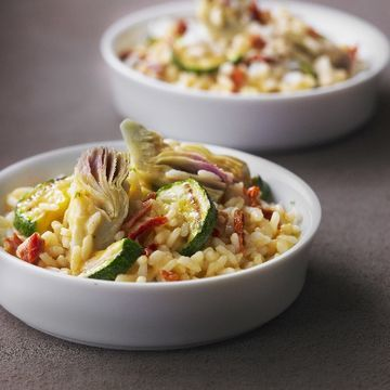 Im checking out a delicious recipe for spanish artichoke and im checking out a delicious recipe for spanish artichoke and zucchini paella from fred forumfinder Image collections
