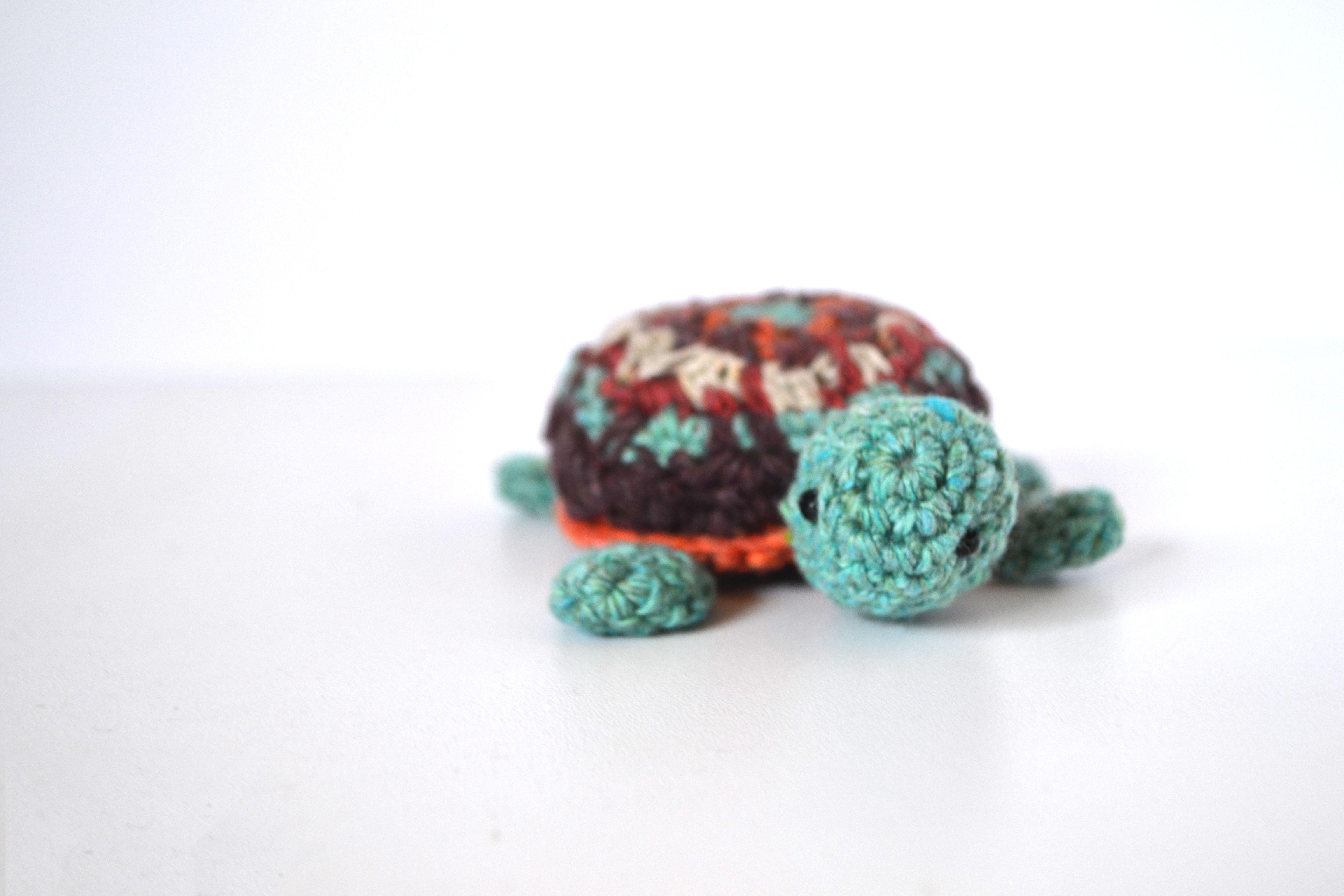 Tortuga amigurumi Aprendí a tejer estos muñequitos en Pinterest Les ...