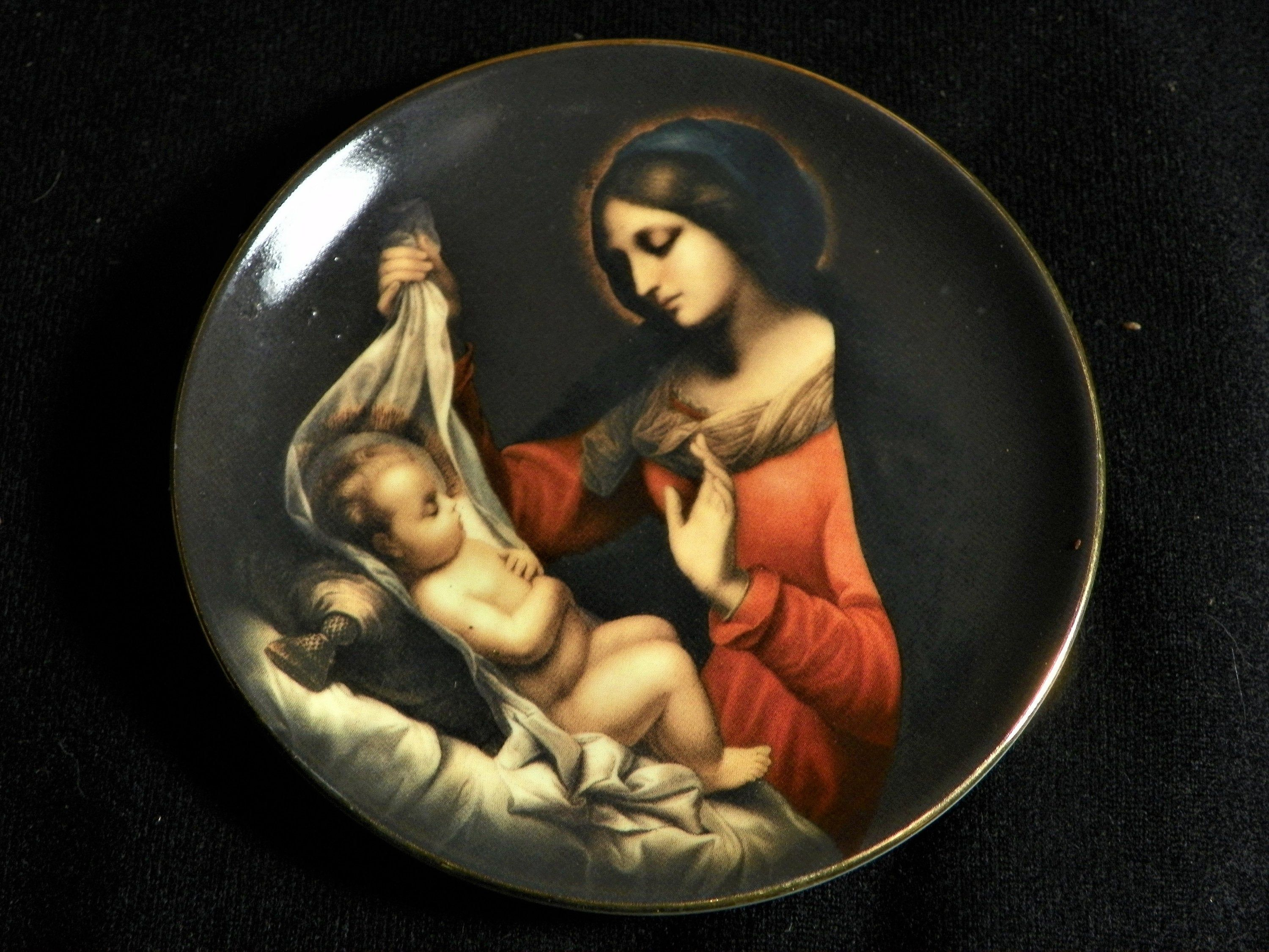 Tbn Christmas 2020 TBN Limited Edition Miniature Plate Mary and Baby Jesus Christmas