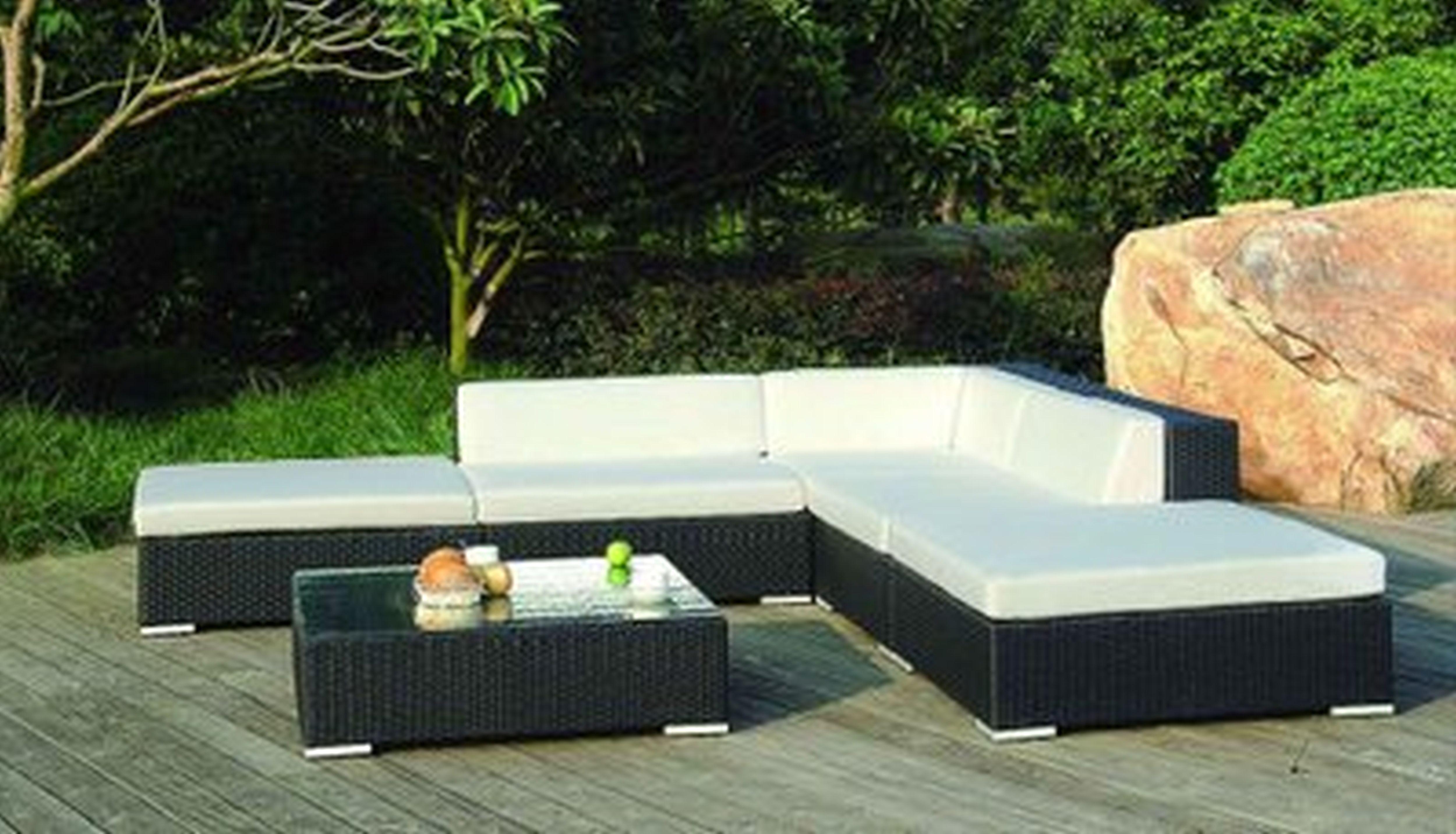 Modern garden furniture for 9 Modern garden furniture outdoor