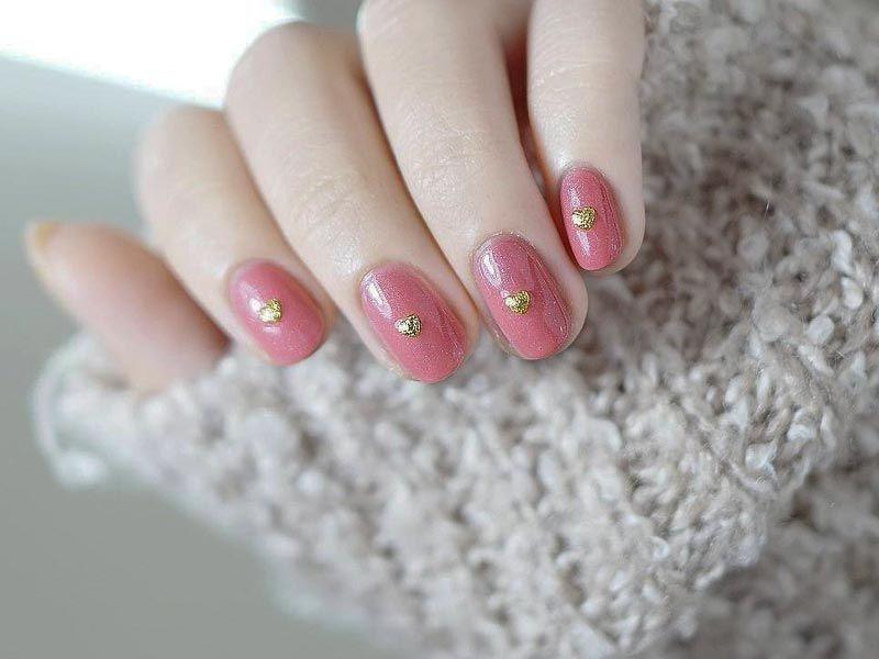 21 Simple Nail Designs for Short Nails