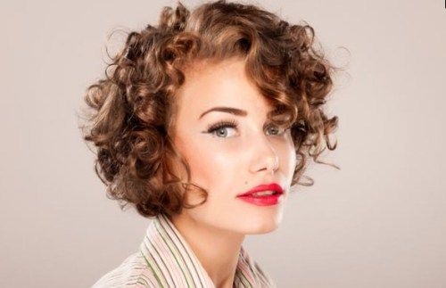 50 Best Hairstyles For Square Faces Rounding The Angles Curly Hair Styles Naturally Short Curly Haircuts Curly Hair Styles