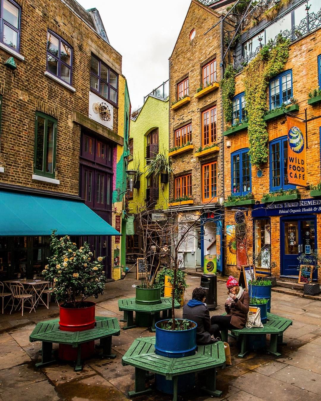 Neal\'s Yard, #London // Photography by Onder Turkmen(onthere ...