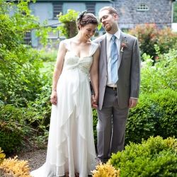 A lovely, laid back garden wedding held at the mansion at Rockwood Park in Wilmington, DE