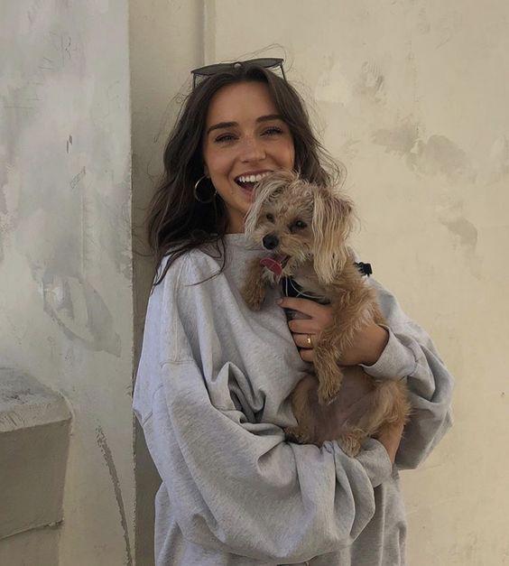 , hair – brunette – girl – goals – friends – bff – buddies – love – pet – adorable – puppy – dog – golden retriever – happy – cute – tan – sand – beach …, MySummer Combin Blog, MySummer Combin Blog