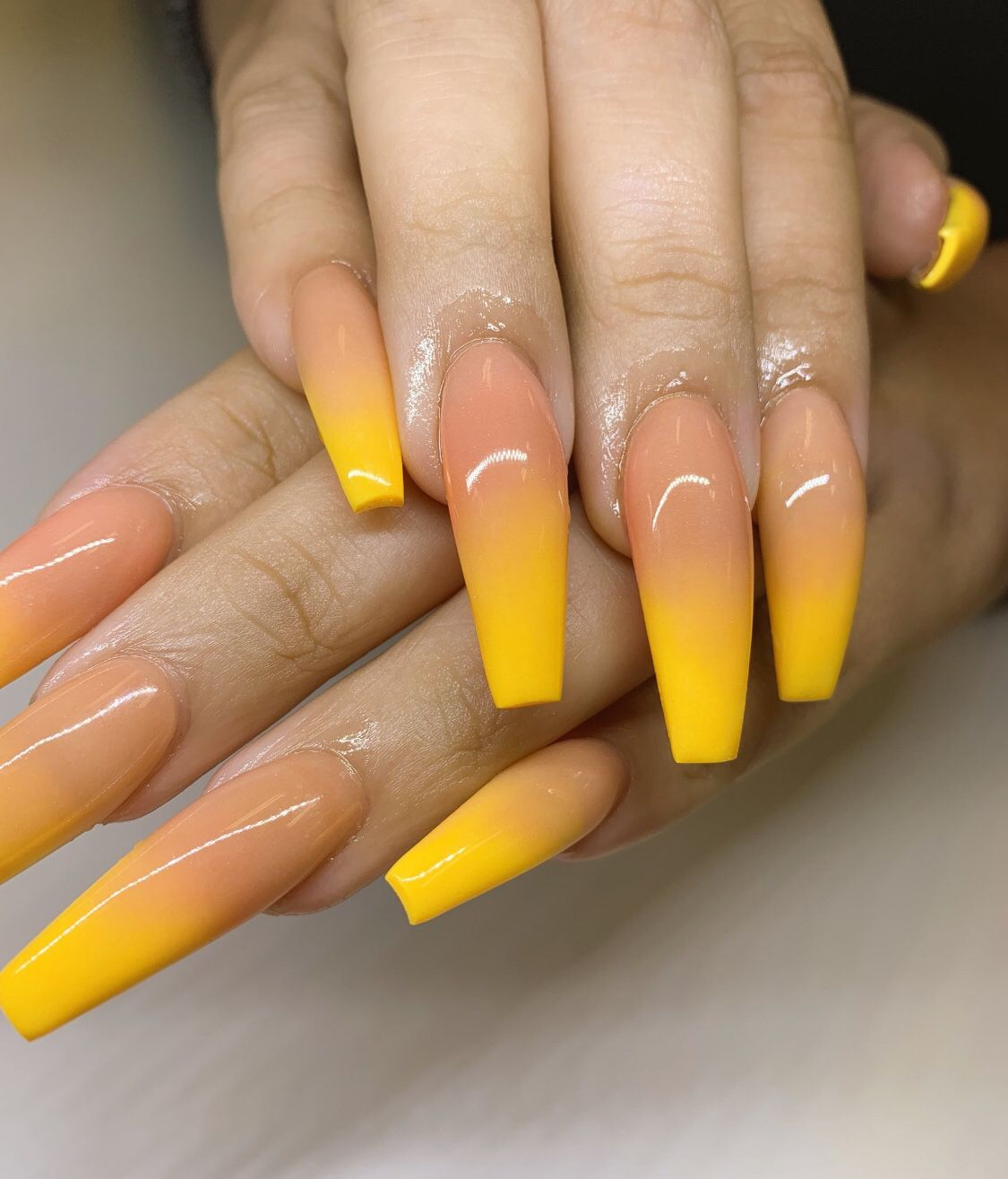 #grabbers #longnails #nails #nailporn #lemonade #yellow