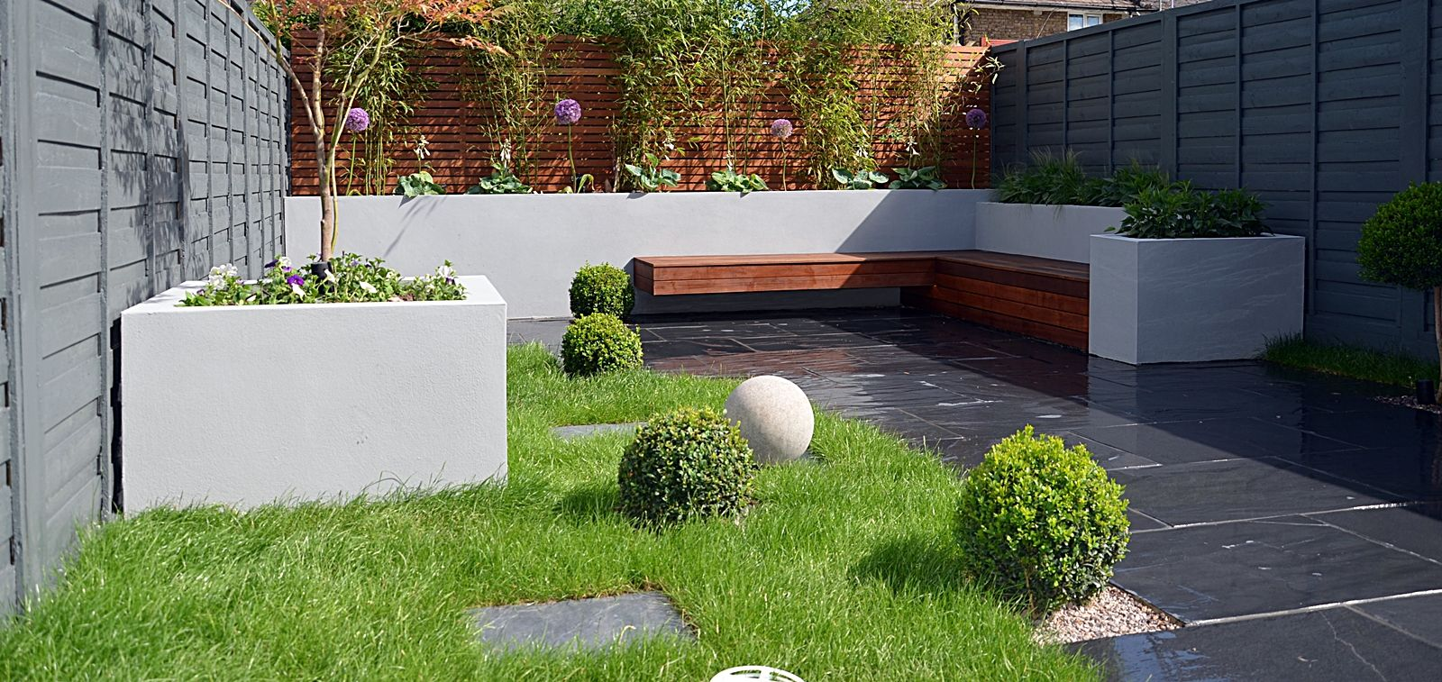 Rendered Block Walls Slate Paving Designer Lawn Modern Planting London Garden Design