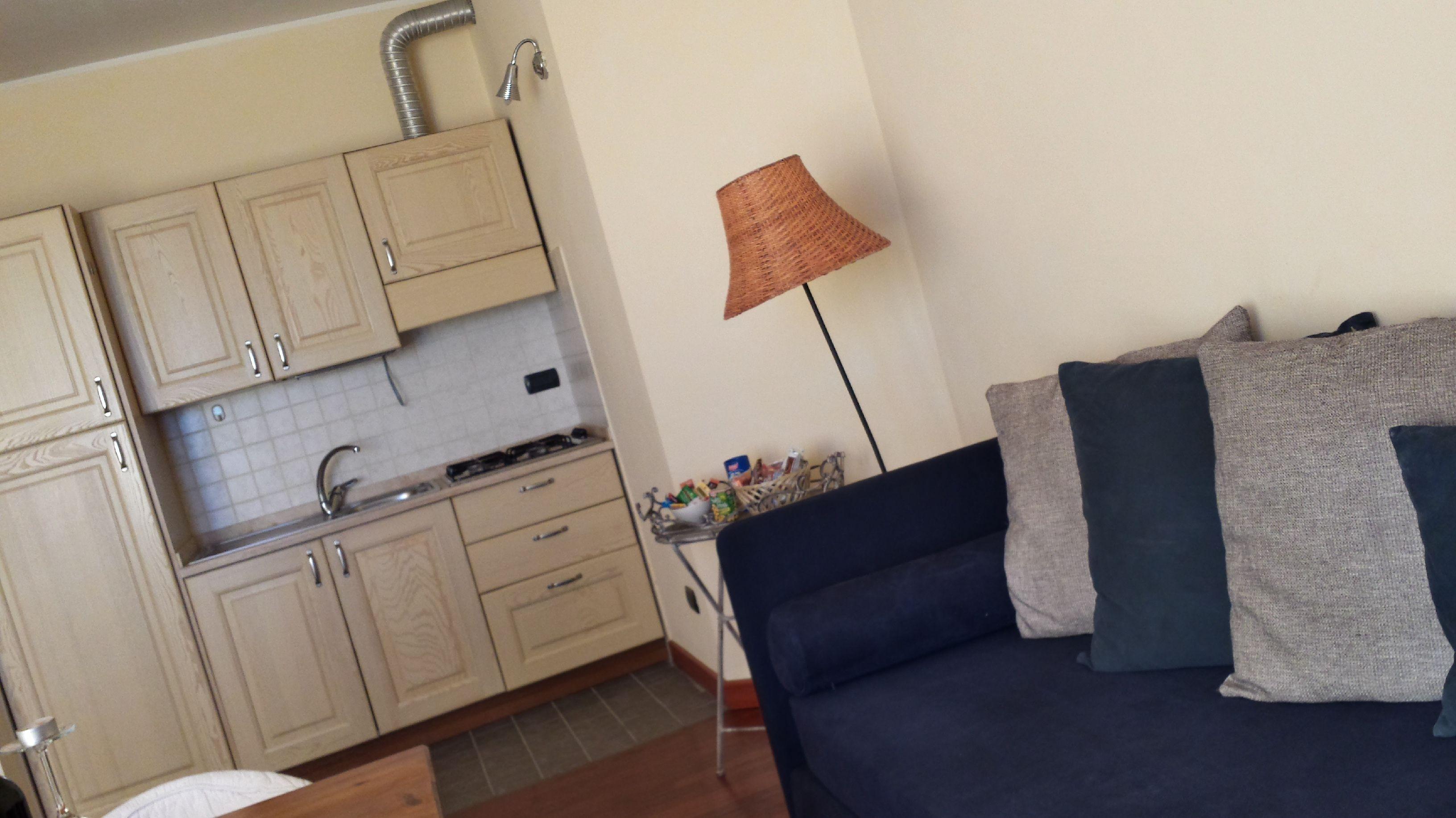 Angolo cottura e Soggiorno (con immagini) | Divano letto ...