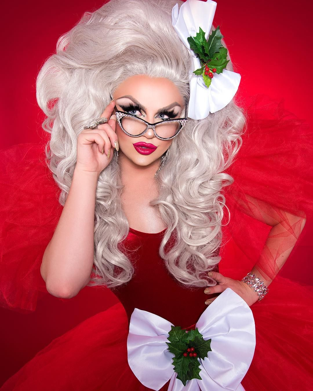 Christmas Queens Tour 2019 Pin by Rado Valef on DRAG EXTRAVAGANZA in 2019   Drag queen