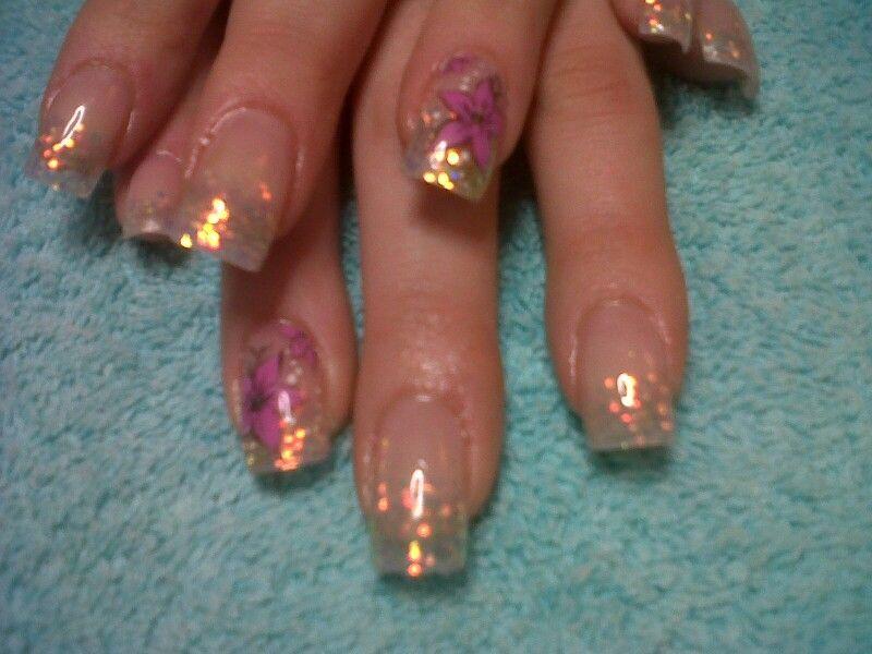 Simply sparkles acrylic nail art