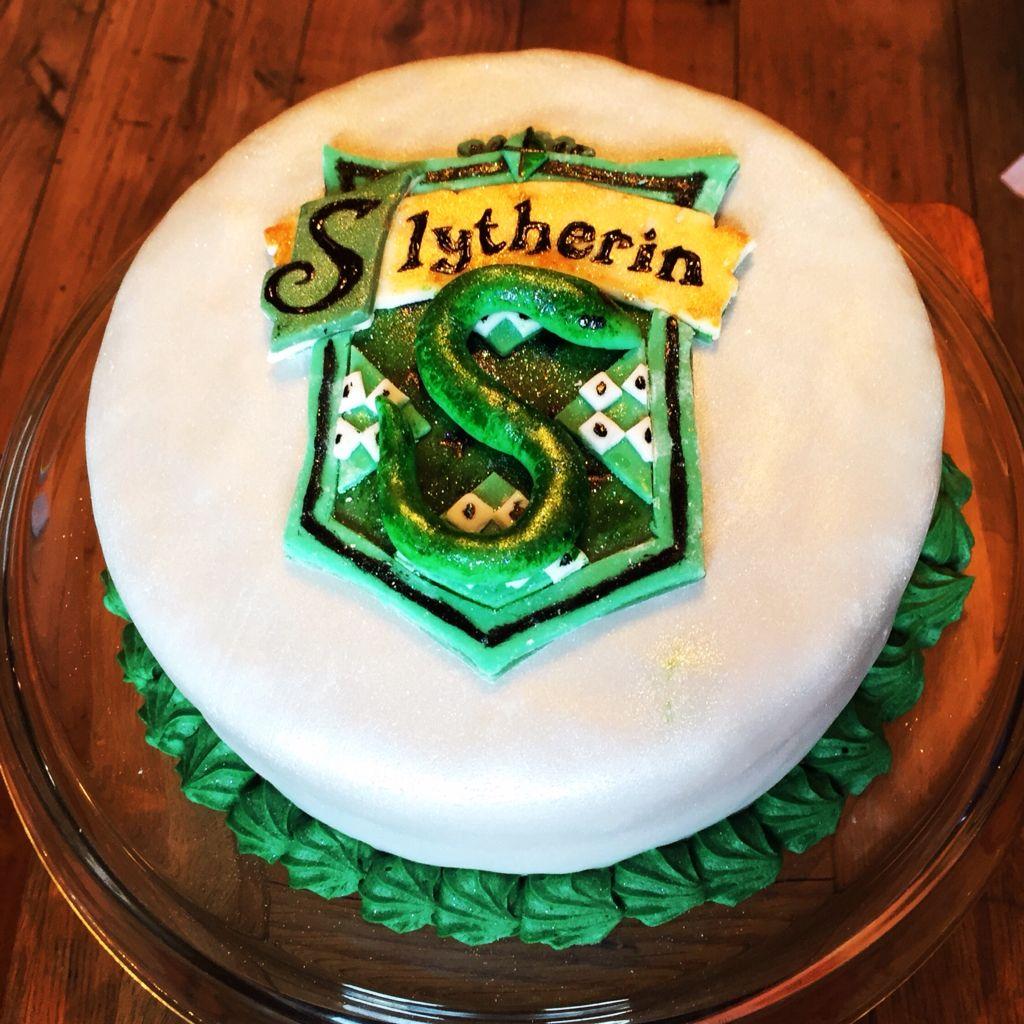 Slytherin birthday cake Harry Potter party Pinterest Slytherin