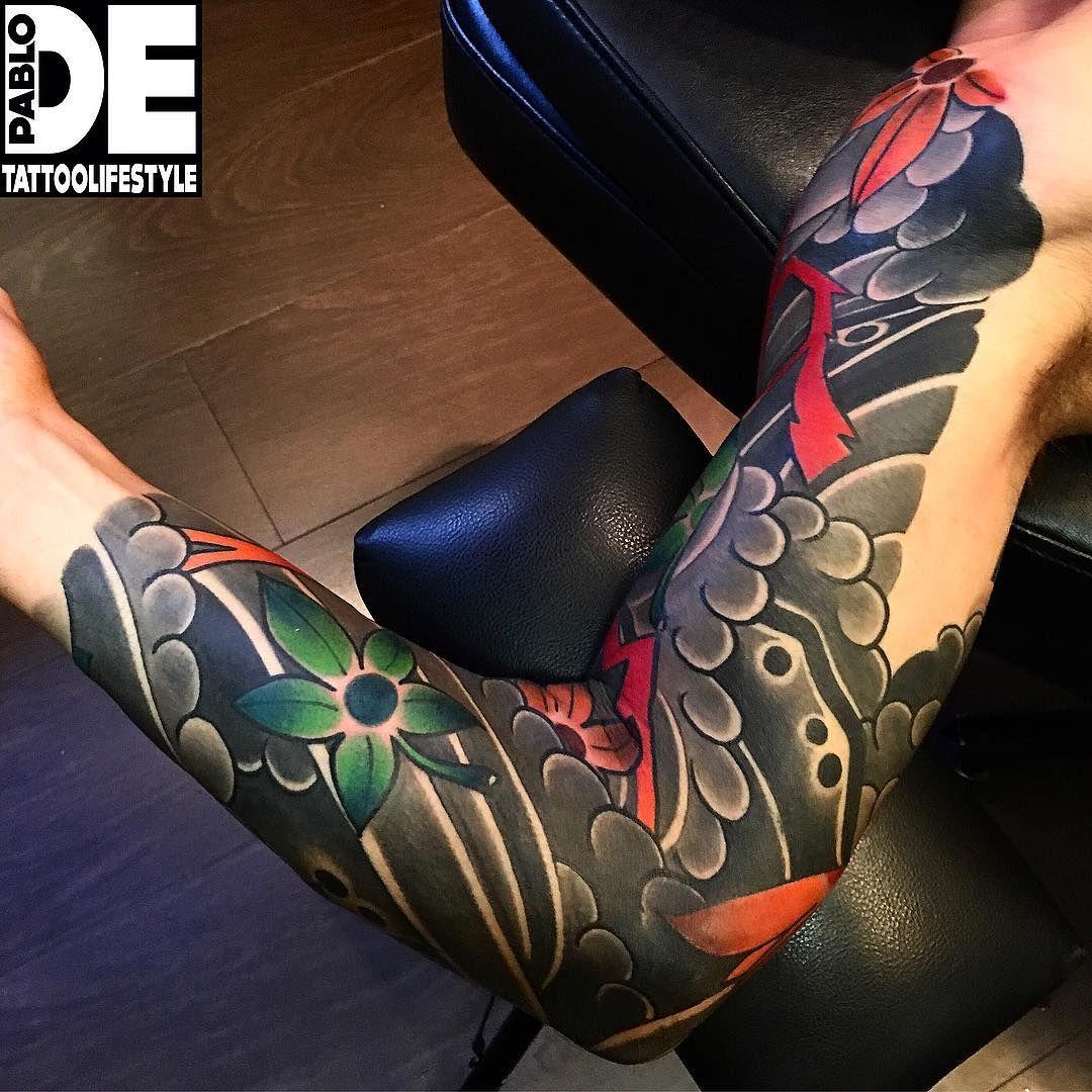 pin von erwin auf tattoos pinterest tattoo arm mann. Black Bedroom Furniture Sets. Home Design Ideas