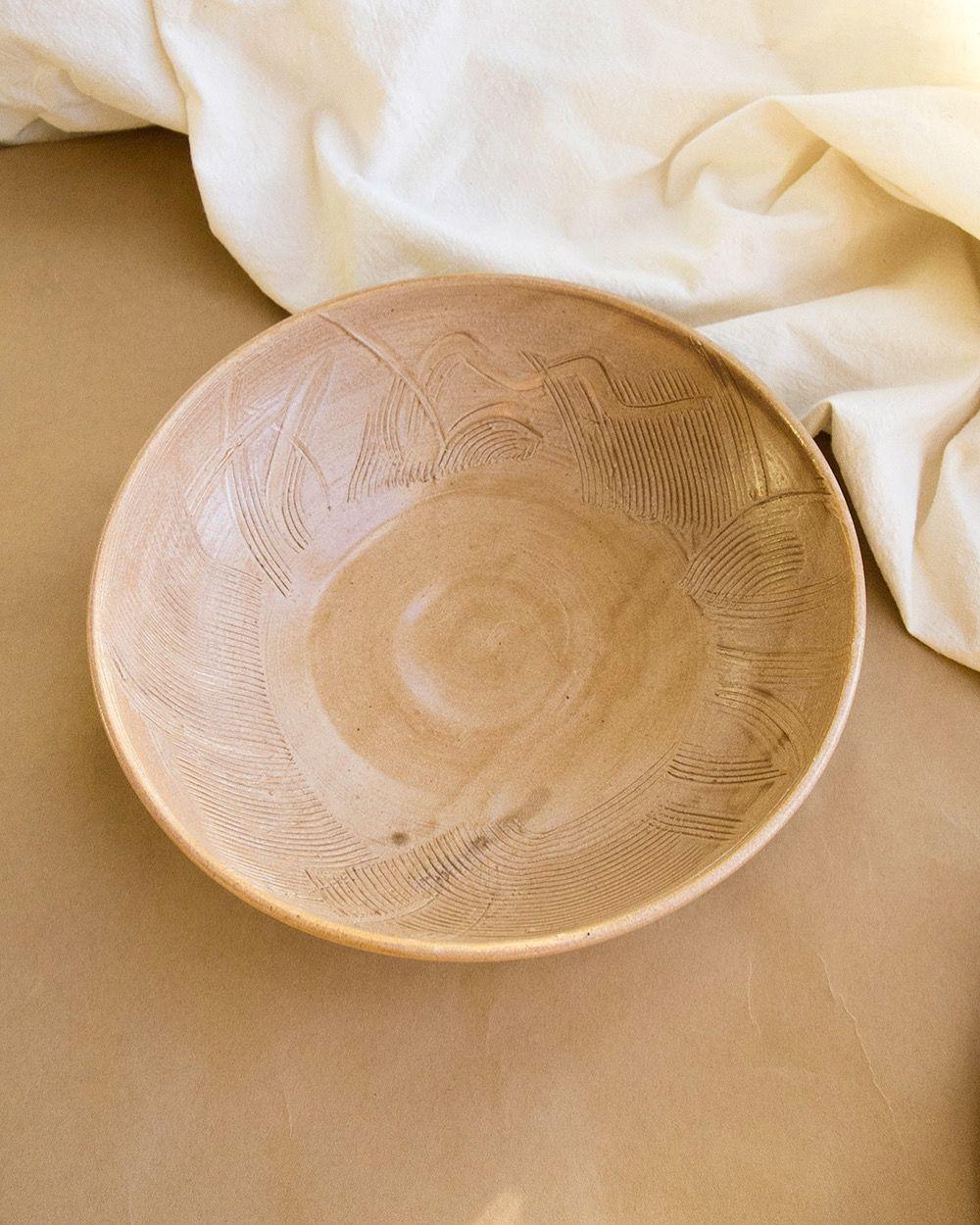 #wheelthrown #handmadepottery #contemporaryceramics #pastabowl #tableware