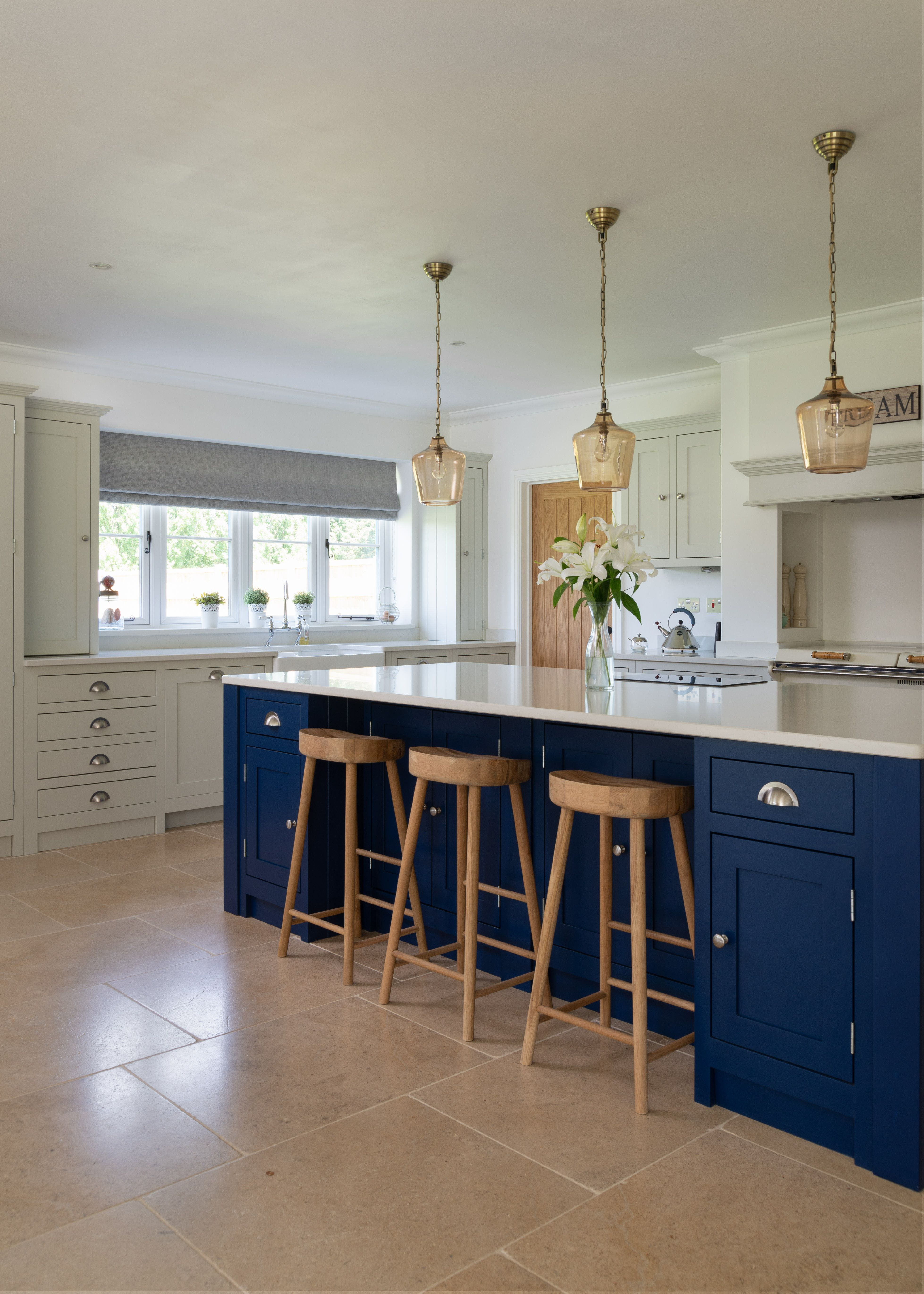 www.theshakerkitchen.co (With images) | Shaker kitchen ...