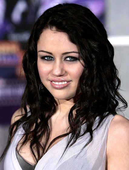 Miley S Hair Evolution Miley Cyrus Hair Hair Evolution Dark Blonde Hair