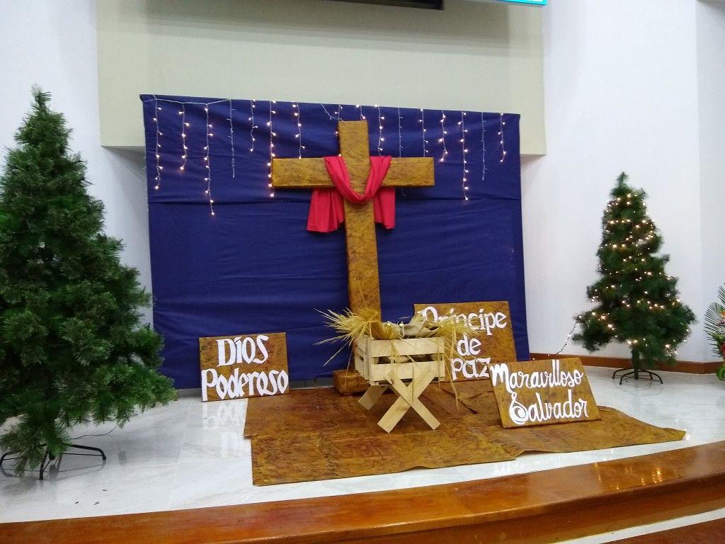 34+ Decoracion de navidad iglesia inspirations