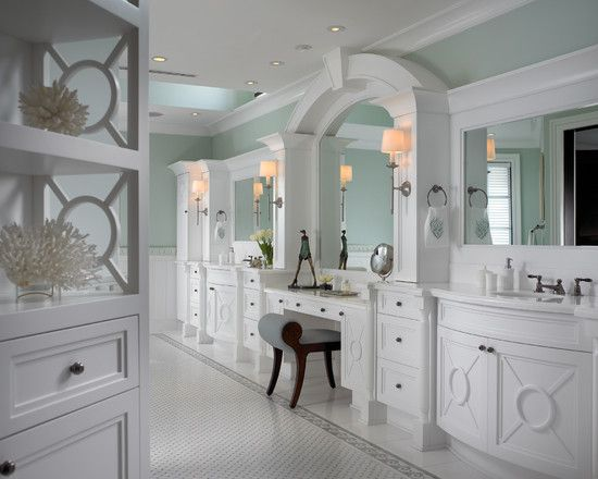 Built in makeup table the makeup room pinterest for Bathroom designs with dressing area