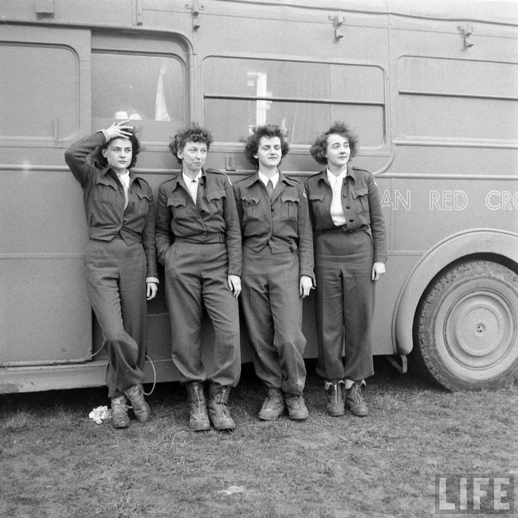 The Forgotten Doughnut Heroines of Wartime
