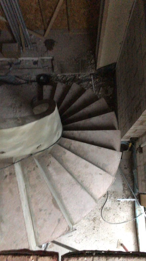 Best Helical Concrete Stairs With Solid Concrete Balustrade 640 x 480