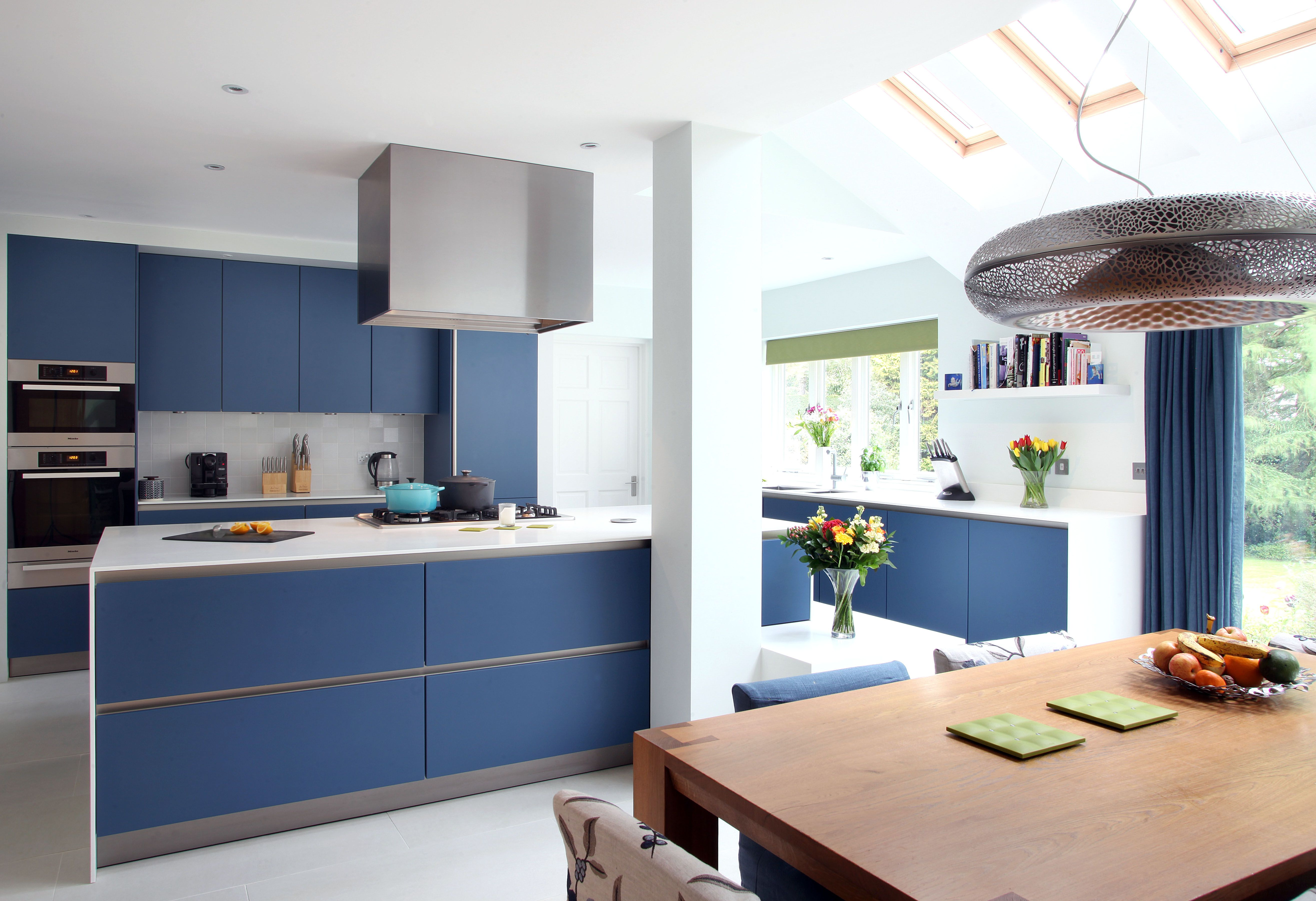 Best Amersham 2 Kitchen Design Drawing Room Blue Lacquer 400 x 300