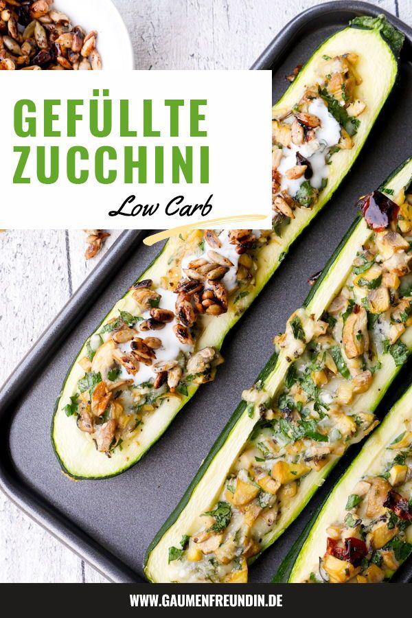 Gefüllte Zucchini mit Champignons und Knoblauchjoghurt – Low Carb