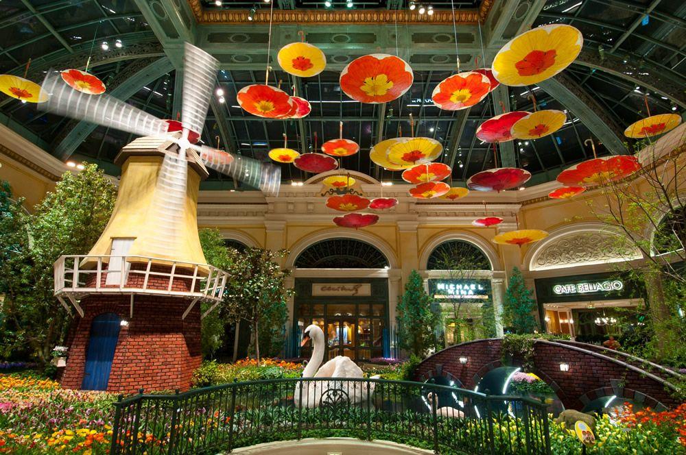 Bellagio Conservatory Las Vegas jpg Botanical gardens