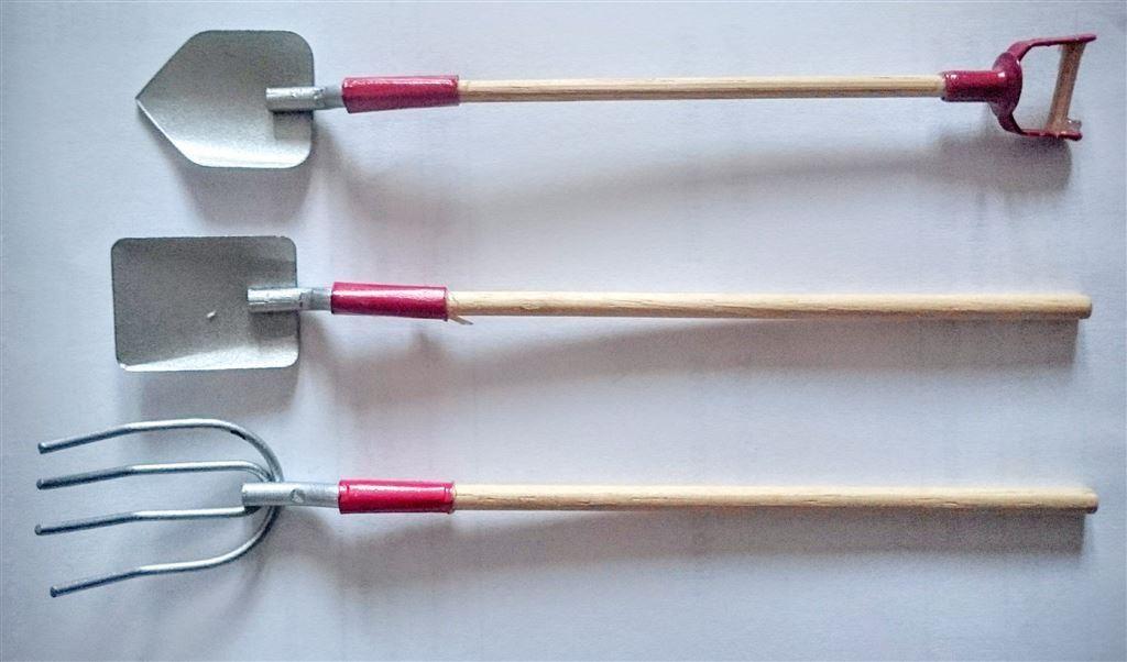 Små redskap - grep, spadar *spade, docka, 10 cm långa*