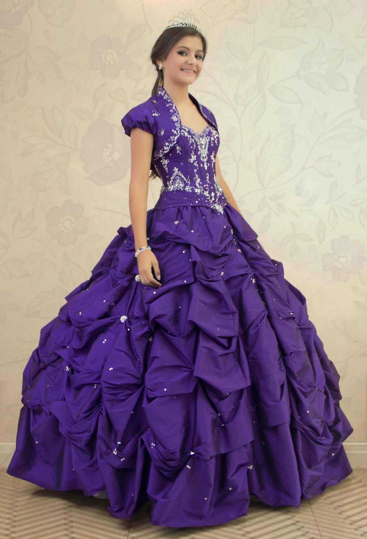 REF.2-19 Hermoso vestido de quinces de color morado con cristales en ...