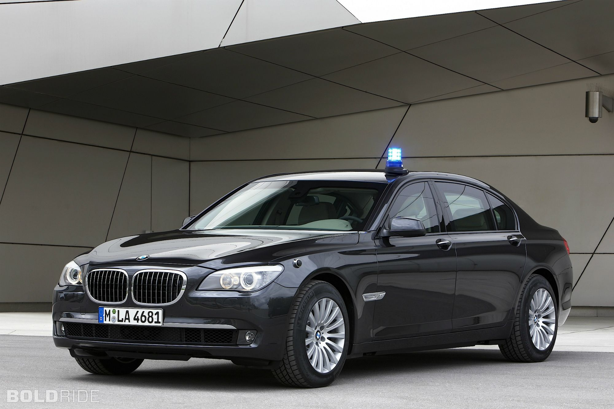 2010 BMW 7-Series High Security - BMW Security Vehicles: Overview ...