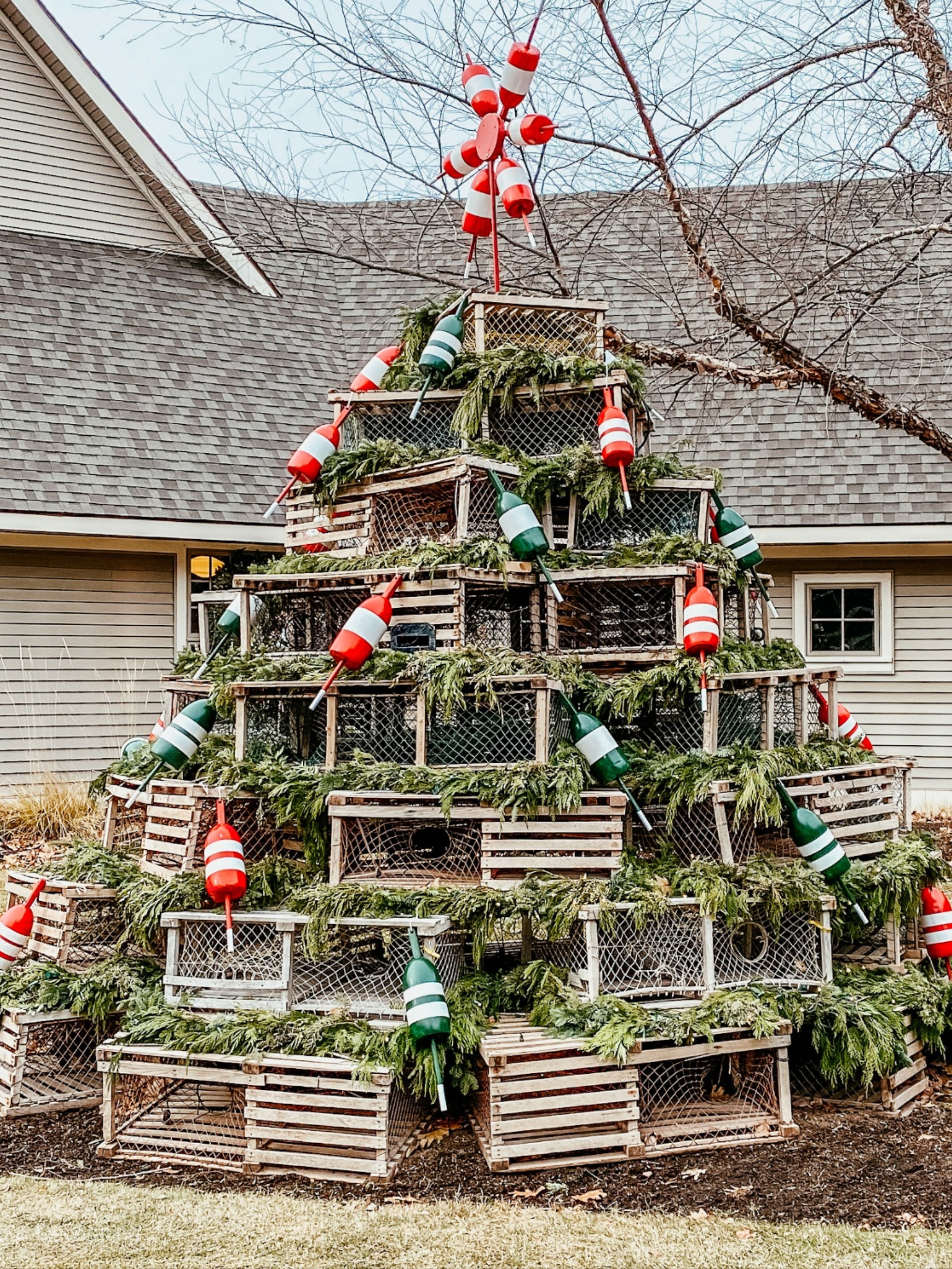 Single Post Christmas Decorations Inspiration Outdoor Decor