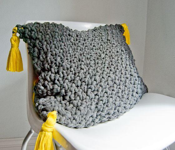 Patron gratuit pour tricoter un coussin | Trapillo crochet