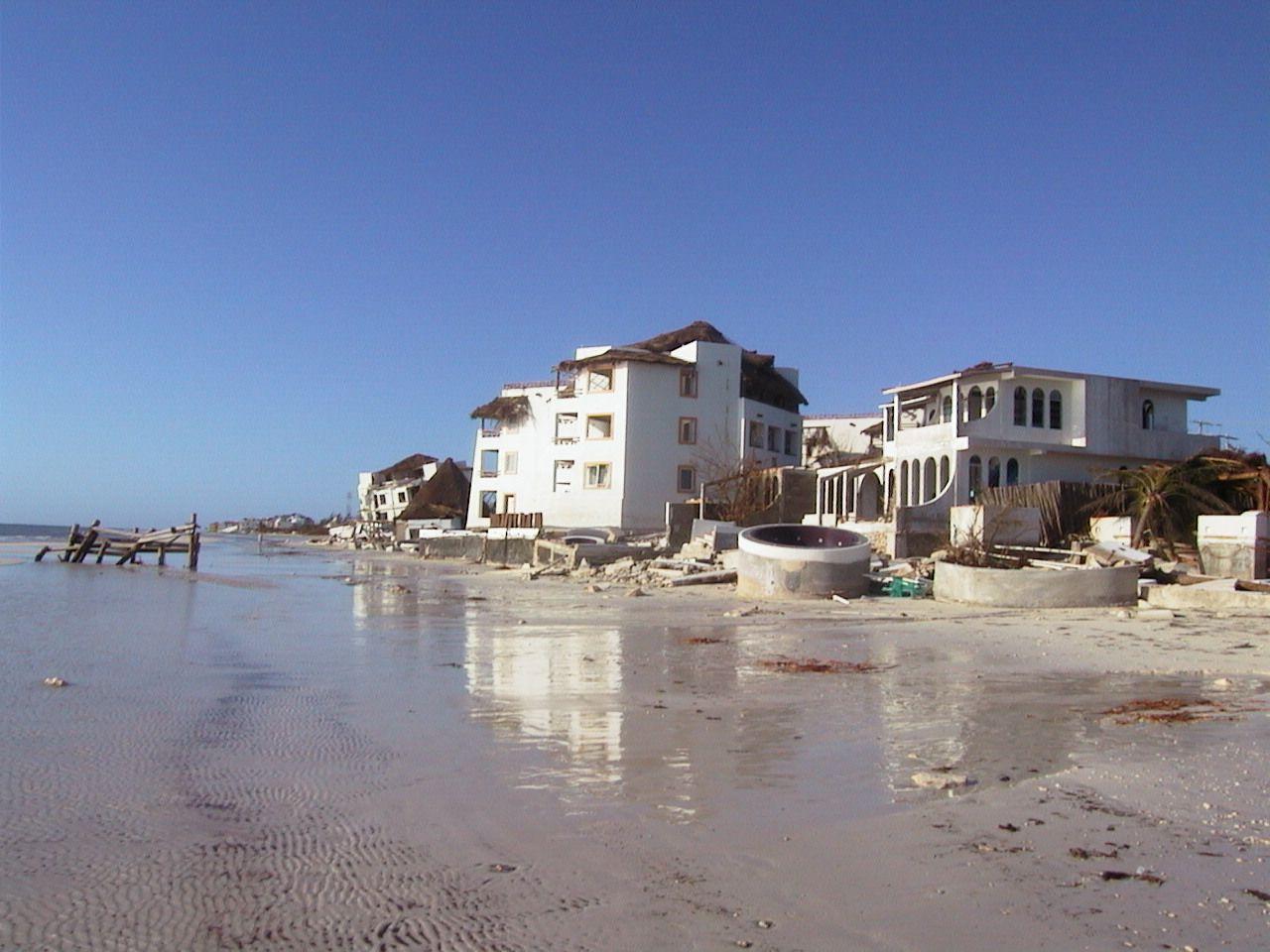 2005 Hurricane Wilma Riviera Maya Resorts Puerto Morelos Hurricane Wilma