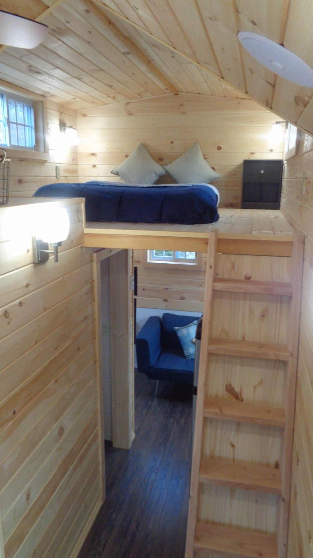 This Is The Cie Model Thow By Nj Tiny House That S For Little Build Includes Two Smart Tvs A Living Room Nook L Shaped Kitchen And Even