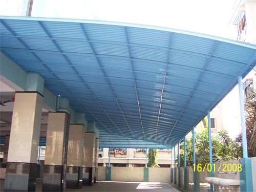 Install Corrugated Plastic Roof Panels Video Corrugated Plastic Roofing Plastic Roofing Roofing Sheets