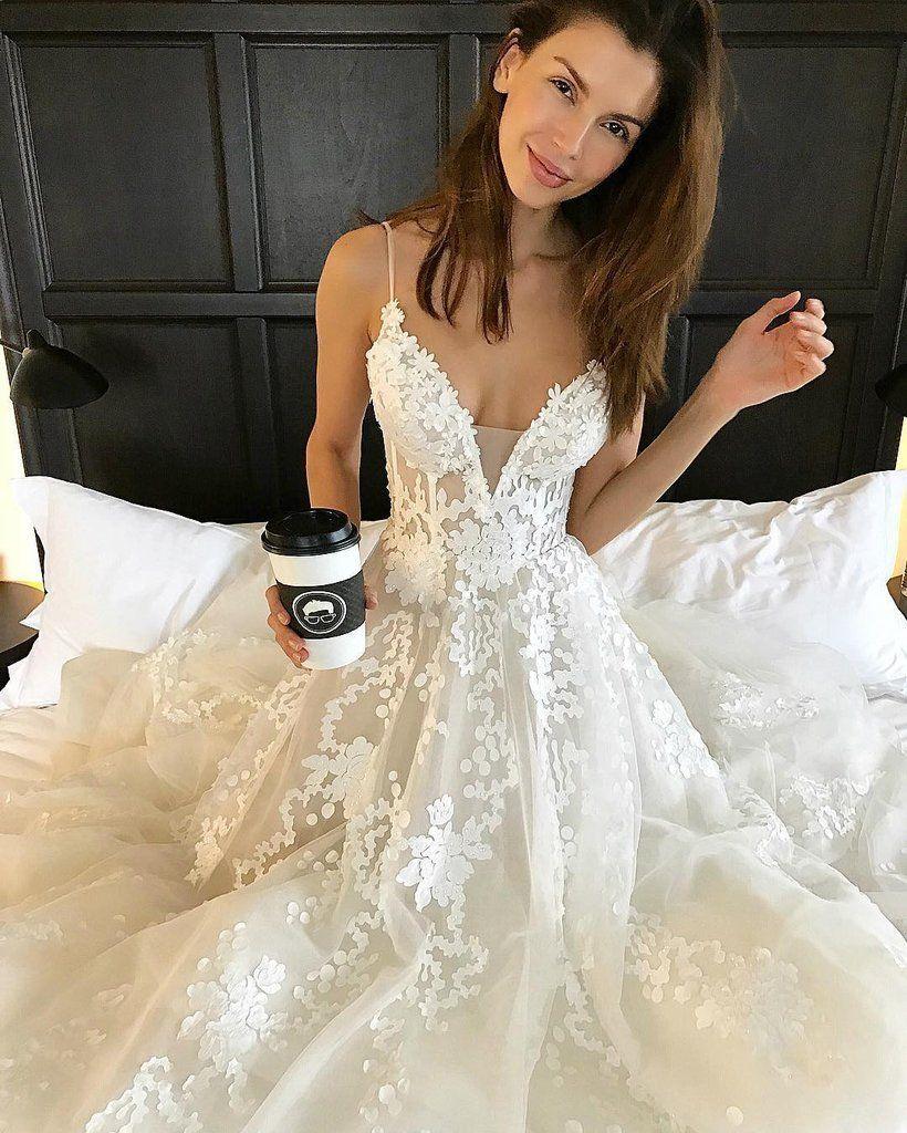 Applique sexy online v neck ivory fashion long prom wedding dresses