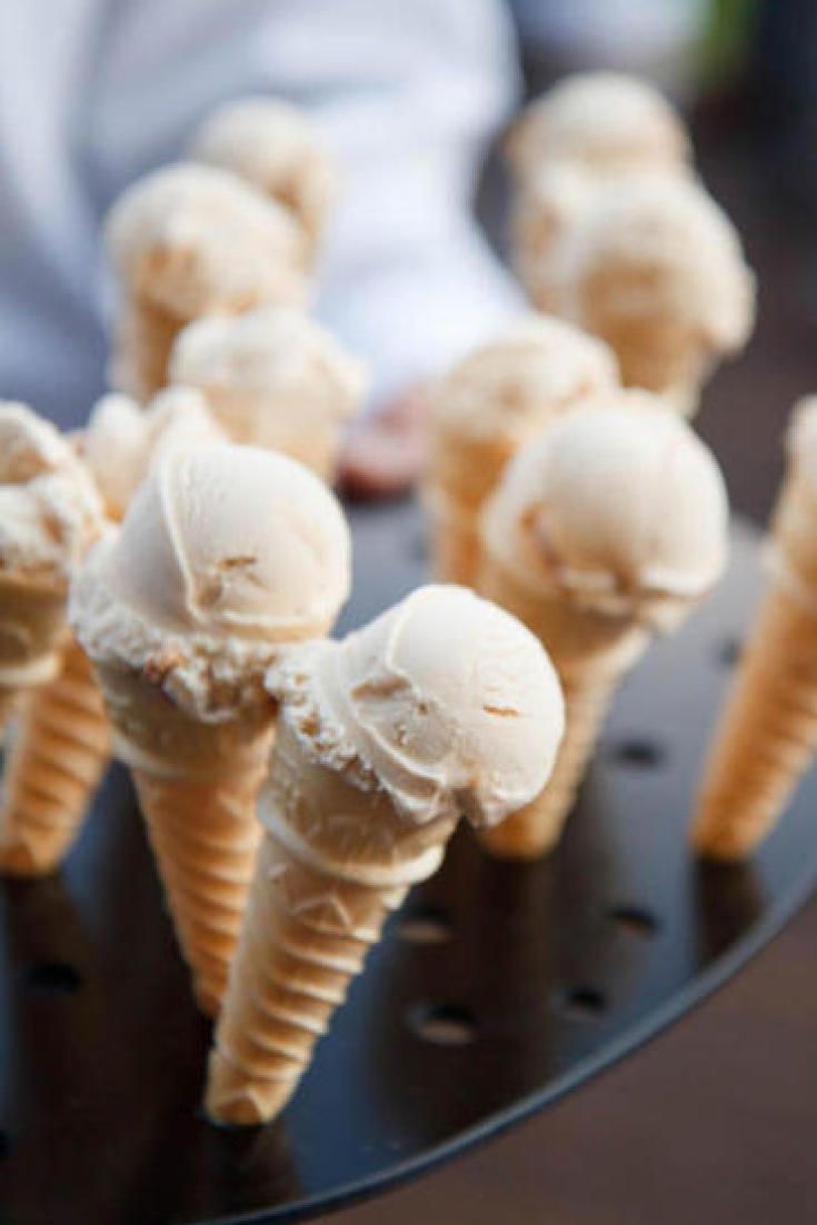 Here's How To Serve Ice Cream At Your Wedding (You Know You Want To)