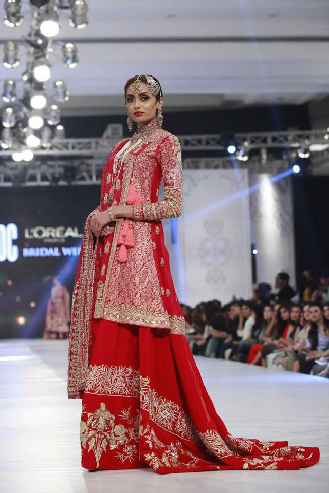 Fashion designs dresses pakistani 2018 bridal show