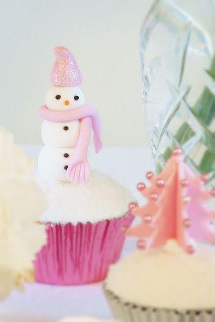 stinkn cute snowman cupcake (PINK)